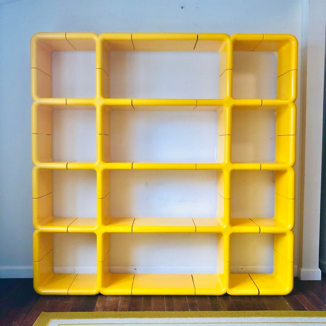 1970s 1970s Umbo Yellow Plastic Modular Shelving System - Made of 25 Pieces For Sale - Image 5 of 5