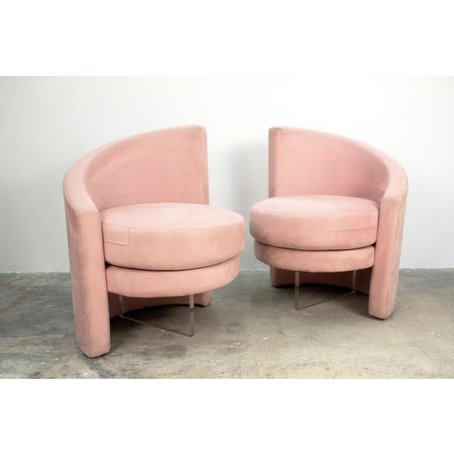 Mid-Century Modern 1970s Vintage Vladimir Kagan Style Chairs- a Pair For Sale - Image 3 of 5