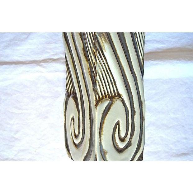 Gray Swirl Mid-Century Table Lamp - Image 7 of 11