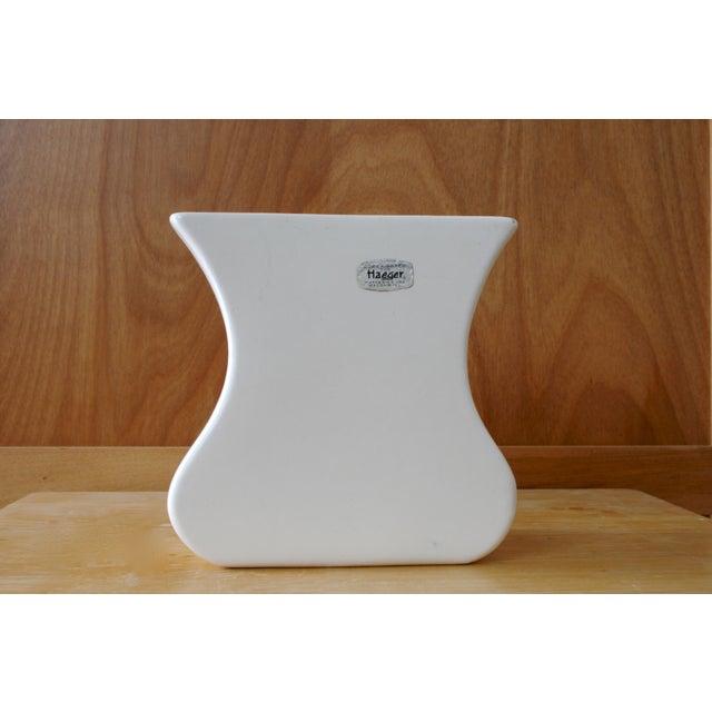 White Haeger Tulip Vase For Sale - Image 9 of 9