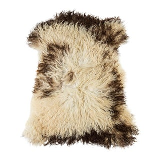 "Contemporary Natural Sheepskin Pelt - 2'0""x2'8"" For Sale"