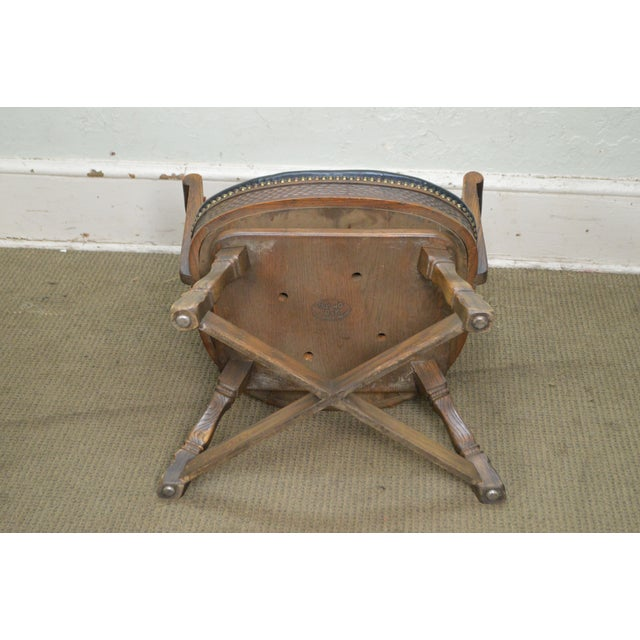 Romweber Viking Oak Set of 4 Swivel Club Chairs For Sale In Philadelphia - Image 6 of 11