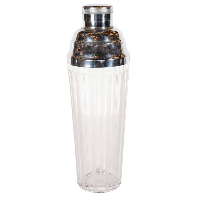 American Art Deco Machine Age Etched Glass and Chrome Cocktail Shaker For Sale