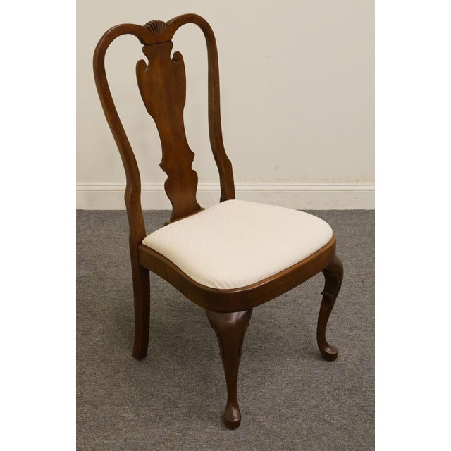 Traditional Late 20th Century Vintage Pennsylvania House Queen Anne Style Dining Chair For Sale - Image 3 of 11