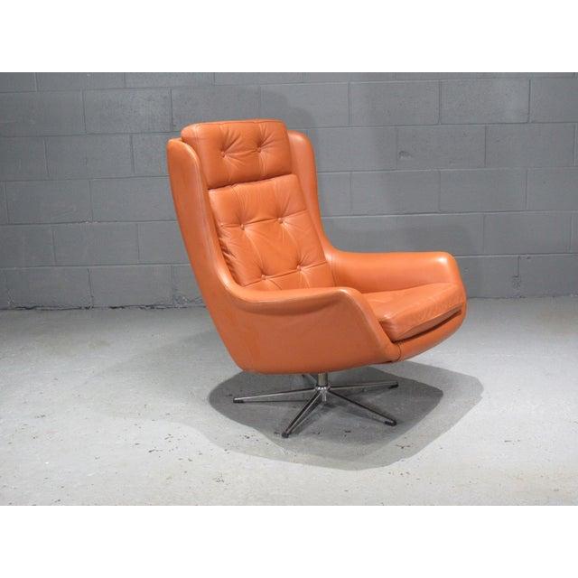 1970s 1970s Danish Modern Orange Leather High Back Swivel Armchair For Sale - Image 5 of 5