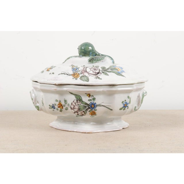 1750s Mid 18th Century French Faience Soup Tureen For Sale - Image 10 of 13
