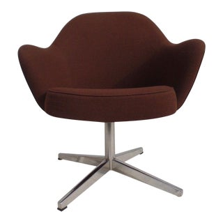 Vintage Saarinen for Knoll Executive Pedestal Armchair