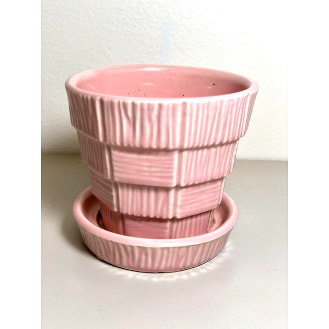 "Mid 20th Century McCoy Pottery Small ""Pink"" Mid-Century Flowerpot and Saucer For Sale - Image 5 of 10"