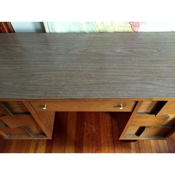 Mid Century Modern Johnson Carper Desk - Image 6 of 6