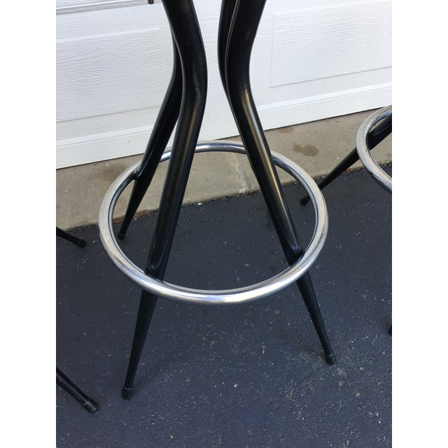 Metal 1950s Mid Century Modern Patterened Swivel Bar Stools - Set of 4 For Sale - Image 7 of 8