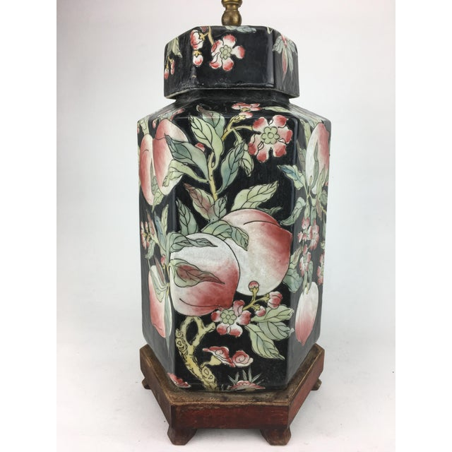 1970s Chinese Hexagonal Vase Lamp With Longevity Peaches For Sale In New York - Image 6 of 7