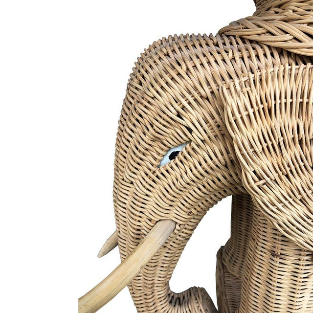 Animalia vintage 1960-1970's Italian woven wicker elephant occasional table/garden stool in excellent condition. Rigid...