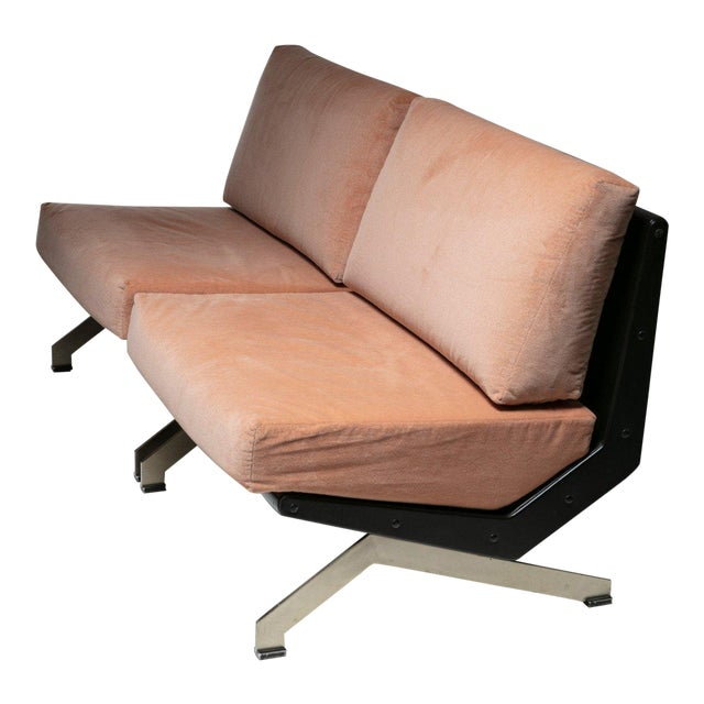 Pair of Lounge Chairs by Gianni Moscatelli for Formanova For Sale