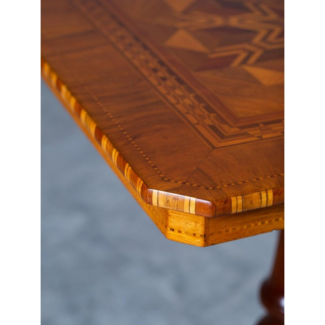 """Antique 1880s Italian """"Sorrento"""" Inlaid Table For Sale - Image 4 of 13"""