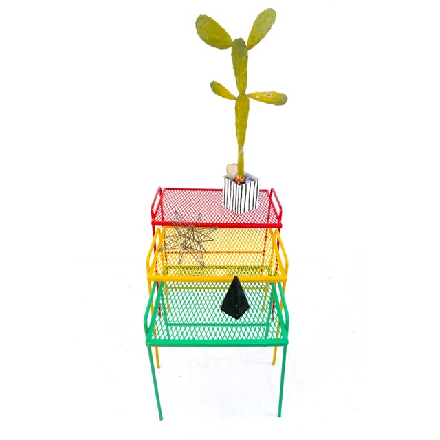 Iron Mid-Century Salterini Metal Nesting Tables || Set of 3 Red, Yellow, Green Indoor/Outdoor Versatile Accent Furniture For Sale - Image 7 of 11