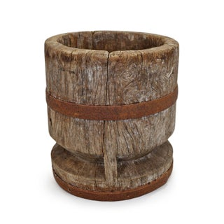 Old India Wood Pestle Pot Preview