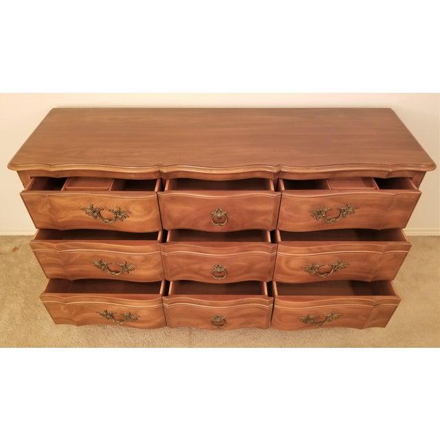 John Widdicomb John Widdicomb French Provincial Louis XV Triple Dresser For Sale - Image 4 of 11
