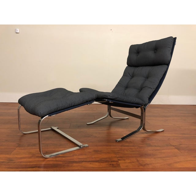 Canvas Danish Vintage Metal Lounge Chair and Ottoman Newly Upholstered For Sale - Image 7 of 11