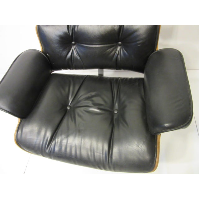 Black Mid-Century 670 Walnut / Leather Rolling Desk Chair by Selig For Sale - Image 8 of 11