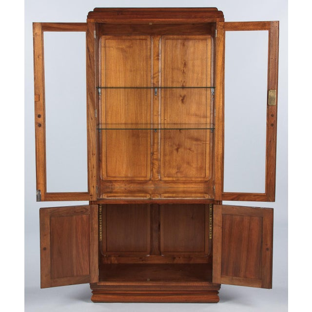 1930s Art Deco Walnut Vitrine/Display Cabinet For Sale - Image 4 of 13