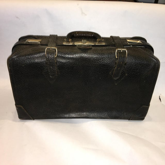 Vintage Carson Quality Seal Skin Suitcase For Sale - Image 11 of 11