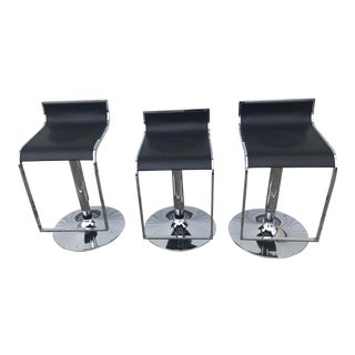 1980s Black and Chrome Alexander Bar Stools - Set of 3 For Sale