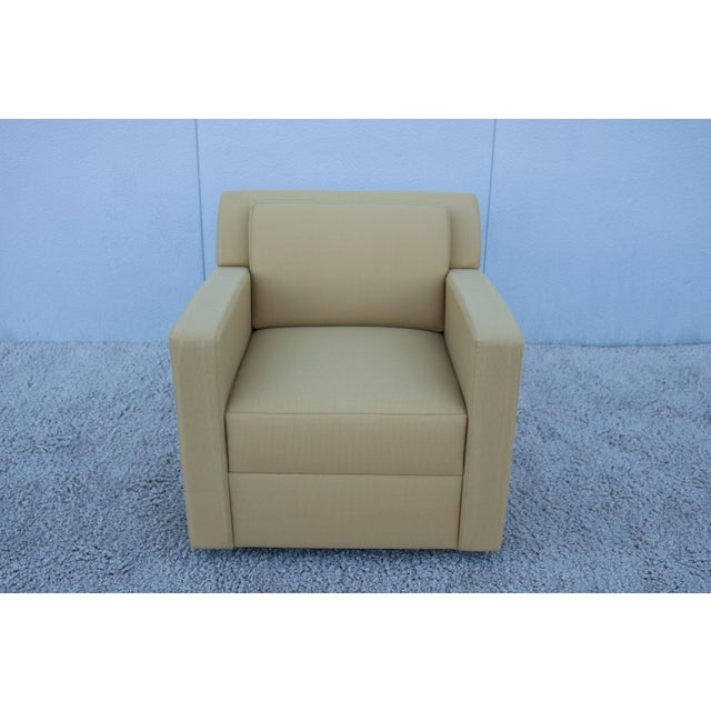 Modern Modern Brian Cox for Bernhardt Design Entrada Lounge Chair For Sale - Image 3 of 13