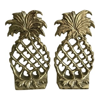 Virginia Metalcrafters Brass Pineapple Bookends - a Pair For Sale
