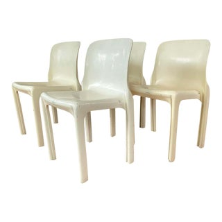 Set of Four Vico Magistretti for Artemide Early White Selene Chairs, 1968 For Sale