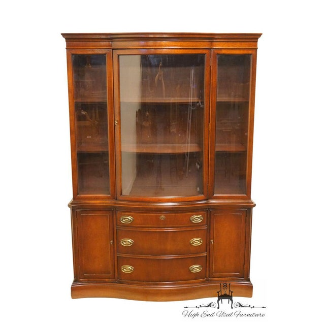 Traditional 20th Century Traditional Bassett Furniture Old Shirley Collection Bow Front China Display Cabinet For Sale - Image 3 of 13