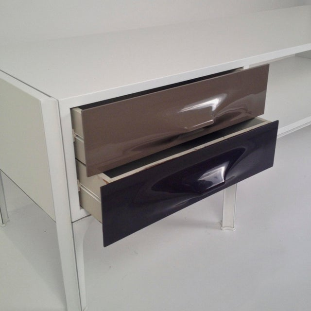 Raymond Loewy Free Standing Low Two Sided Cabinet/ Coffee Table - Image 3 of 6