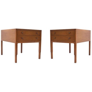 1960s American Classical John Stuart Mahogany Bedside Tables - a Pair For Sale