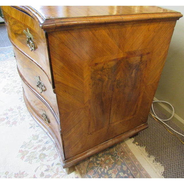18th Century Italian Chest of Drawers For Sale - Image 11 of 13