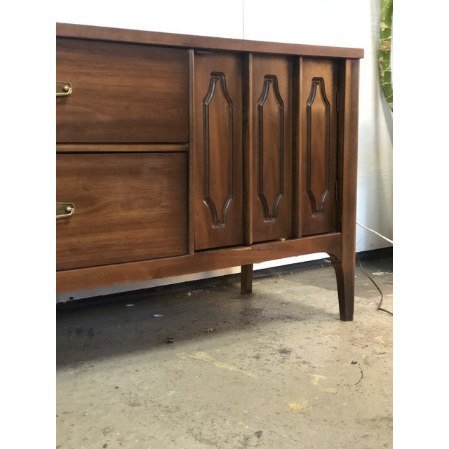 1960s Mid Century Modern Walnut Credenza For Sale - Image 11 of 13