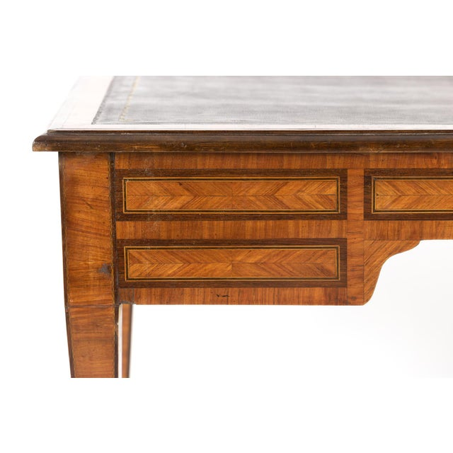 1870s French Tulipwood and Kingwood Bureau Plat With Embossed Black Leather Top For Sale - Image 11 of 13