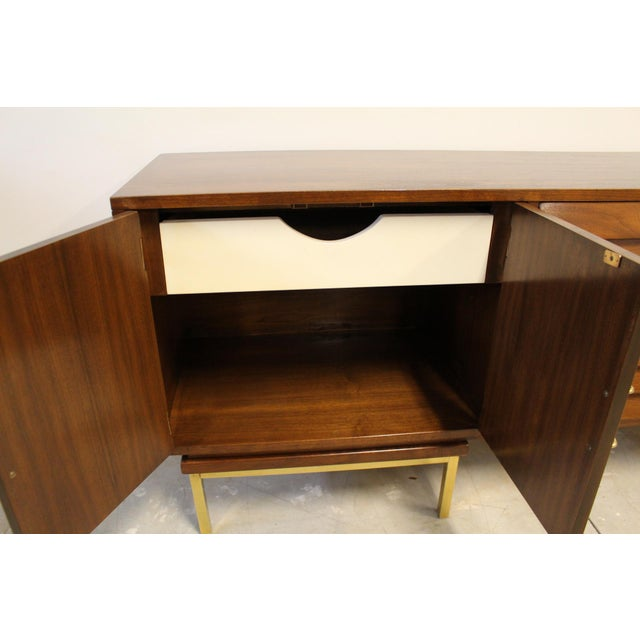 Mid-Century Modern American of Martinsville Dania Walnut Credenza For Sale - Image 3 of 7