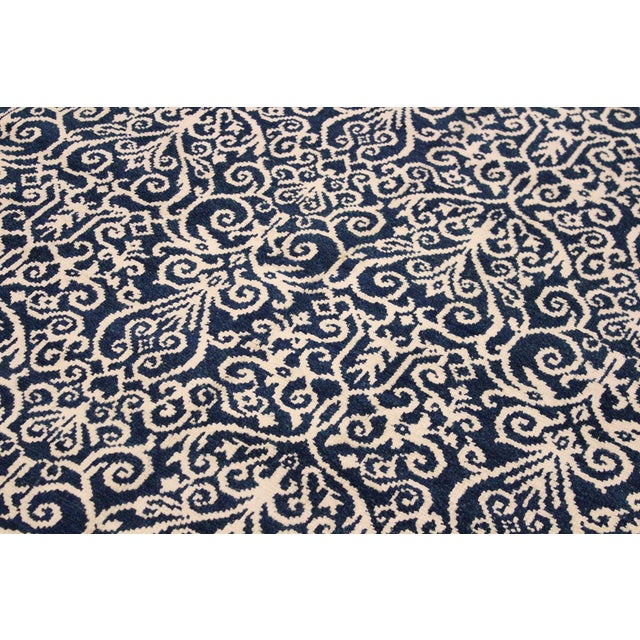 Silk Cryena Modern Yajaira Blue/Ivory Wool & Viscouse Rug - 5'0 X 7'0 For Sale - Image 7 of 8