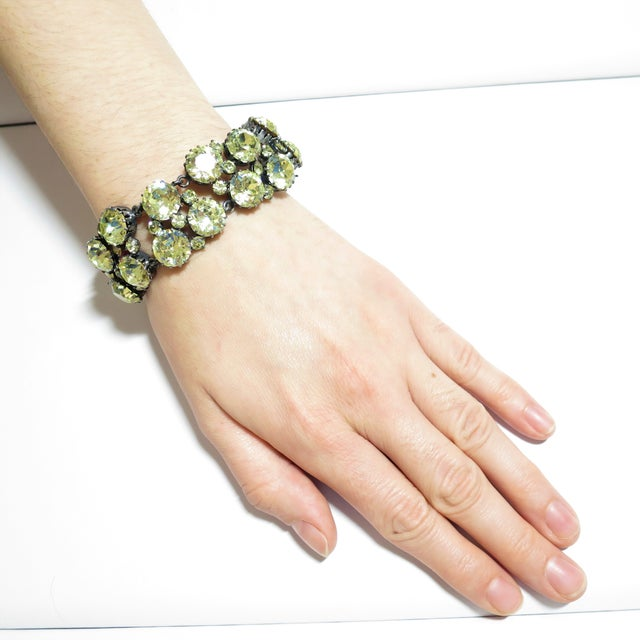 Austrian Hand-Made Canary Crystal Link Bracelet 1950s For Sale - Image 12 of 13