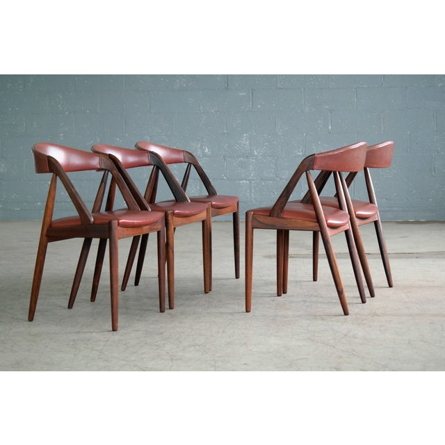 Danish Modern Kai Kristiansen Rosewood and Red Leather Model 31 Dining Chairs - Set of 5 For Sale - Image 3 of 13