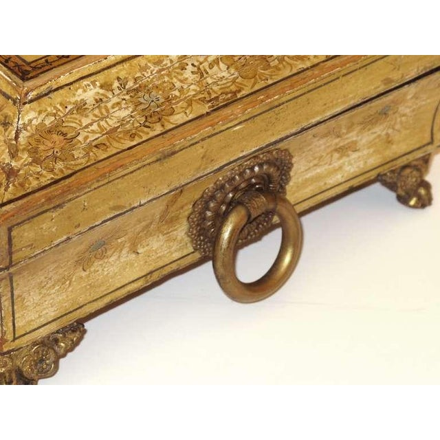 Mid 19th Century An Elegant English Regency Yellow-Lacquered Chinoiserie Jewelry Box For Sale - Image 5 of 6