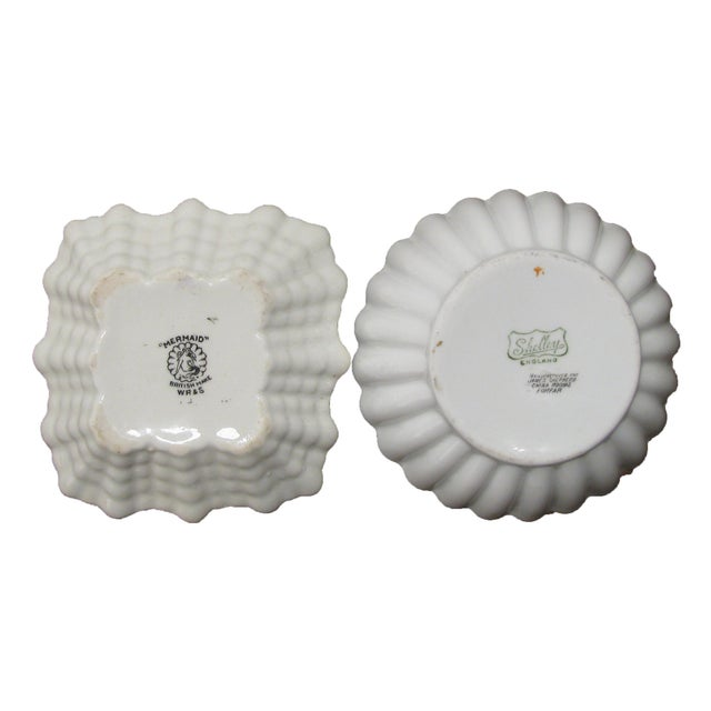 English Vintage Heraldry Dishes, S/2 For Sale - Image 4 of 5