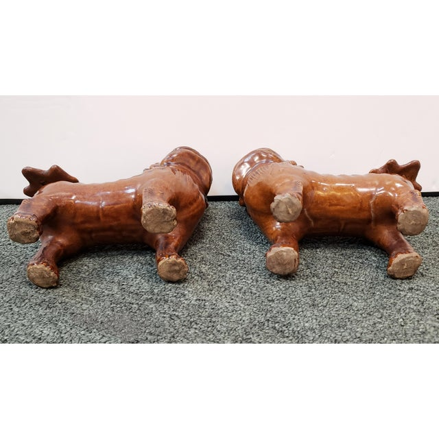1900 - 1909 Circa 1900 Japanese Brown Glazed Clay Shisa Dog Statues - a Pair For Sale - Image 5 of 6
