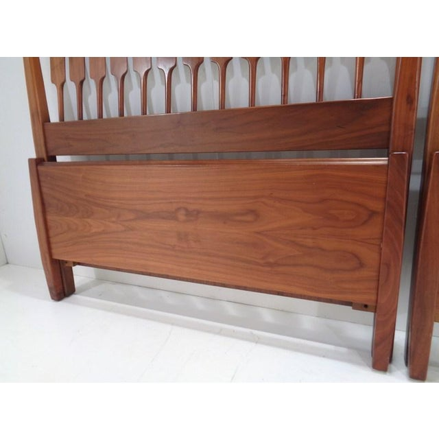 Kipp Stewart for Drexel Declaration Twin Beds ~ a Rare Pair For Sale In Nashville - Image 6 of 13