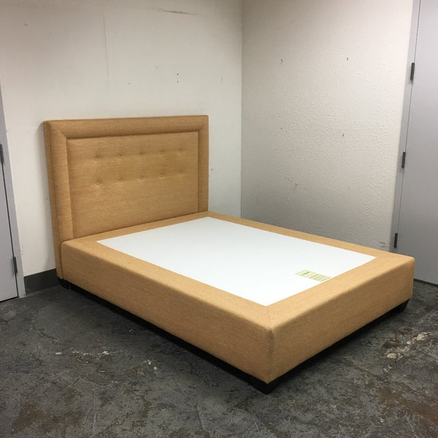 """William Sonoma """"Hampton"""" Queen Size Bed - Image 2 of 8"""