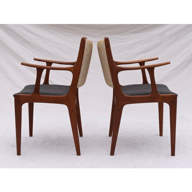 Uldum Møbelfabrik Danish Modern Dining Chairs by Johannes Andersen- Set of 6 For Sale - Image 4 of 11