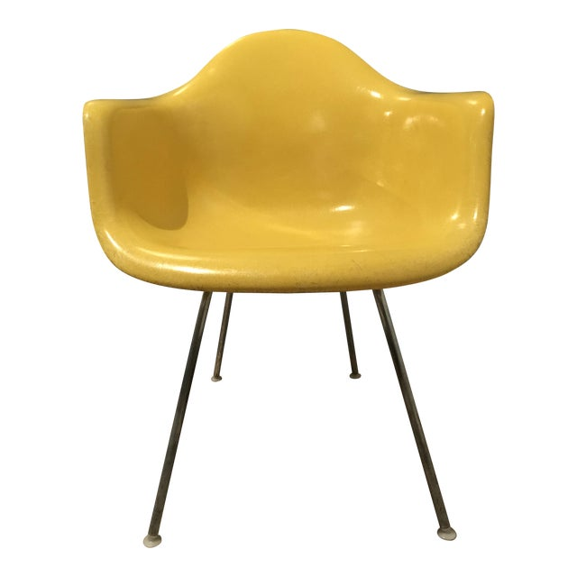 1970s Mid-Century Modern Herman Miller Yellow Fiberglass Eames Shell Side Chair For Sale