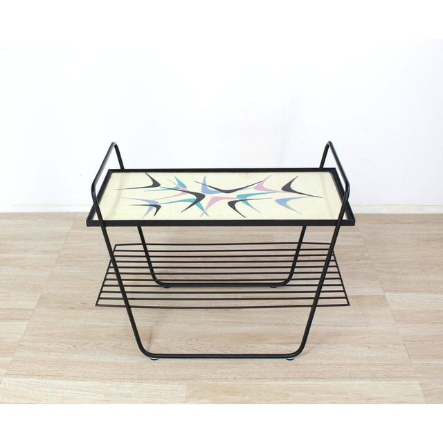 Mid-Century Modern Abstract Design Glass Top Wire Shelf Mid-Century Modern Side Table Tray For Sale - Image 3 of 7