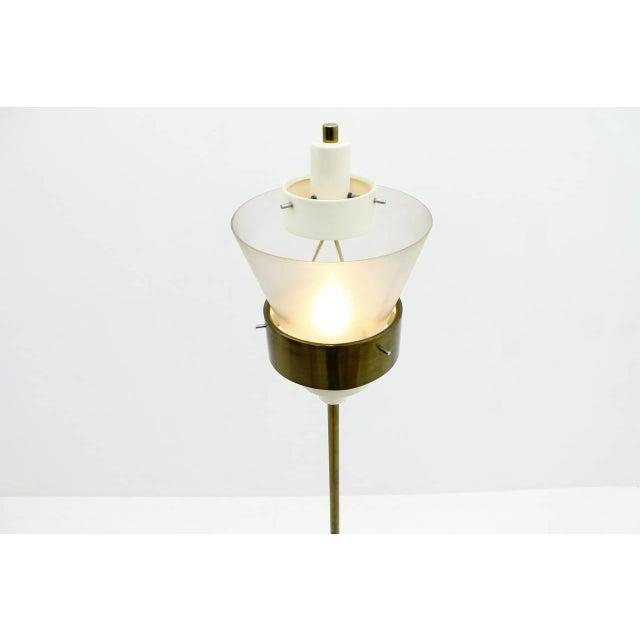 Stilnovo Stilnovo Floor Lamp in Brass and Lucite, Italy, Circa 1950s For Sale - Image 4 of 7