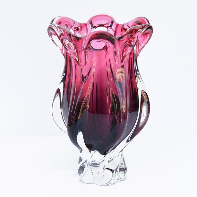 Modern 1960s Crystal Vase Designed by J. Hospodka Chribska Sklarna, Czechoslovakia For Sale - Image 3 of 8