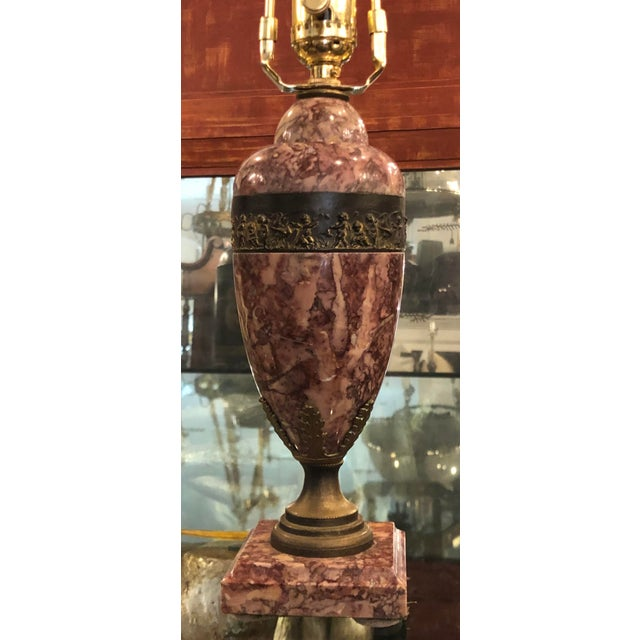 French Antique French Bronze & Rouge Marble Table Lamp For Sale - Image 3 of 5